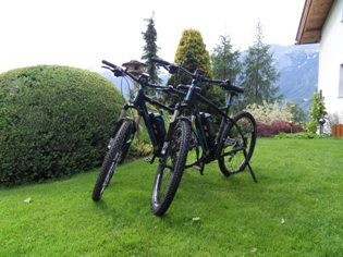 mountainbike transalp challenge e bike urlaub tirol. Black Bedroom Furniture Sets. Home Design Ideas